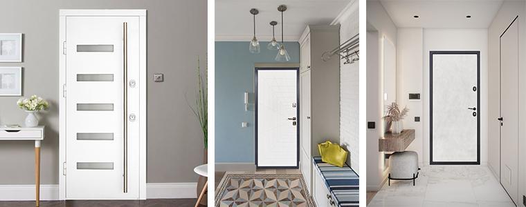 Белая входная дверь в интерьере дома или квартиры